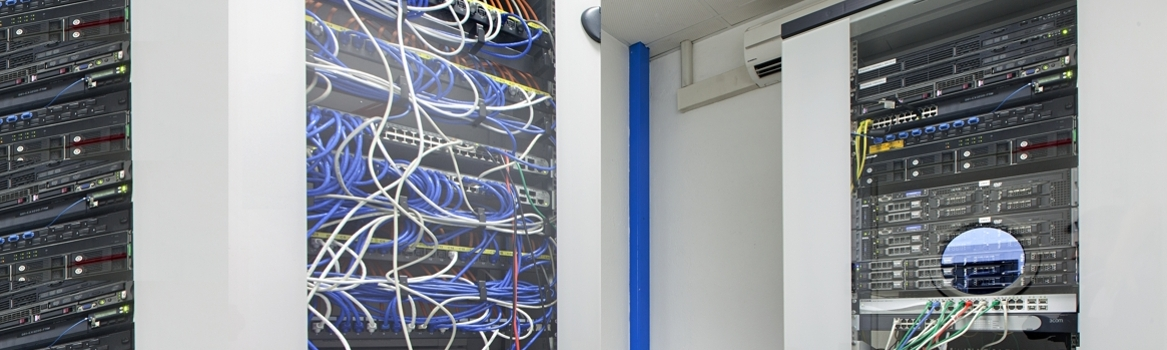 Data Center, fibra ottica 100Mbit/s