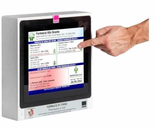 Personalizza la tua bacheca elettronica da esterno grazie a numerose funzionalità estese